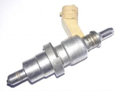 Lexus Is 220 D 5 5TH Injector Toyota Avensis Corolla 2371026010 2371026011
